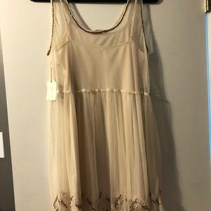 Forever 21 Dresses - Forever 21 Cream Dress with Metallic Beading